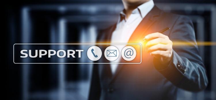 Norton gegen TotalAV Kunden-Support-Vergleich.